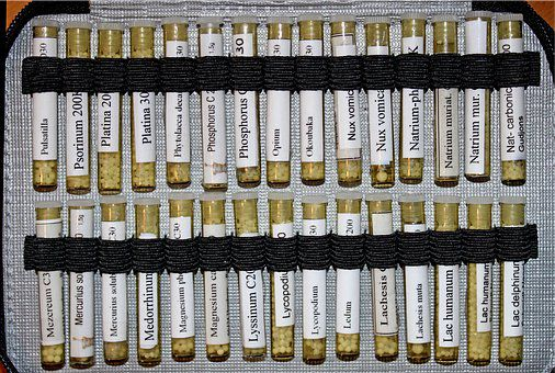 Arzneien in Etui